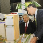 09 mayo 2012 AMLO en el evento -The Real Estate Show 2012      de la ADI 11