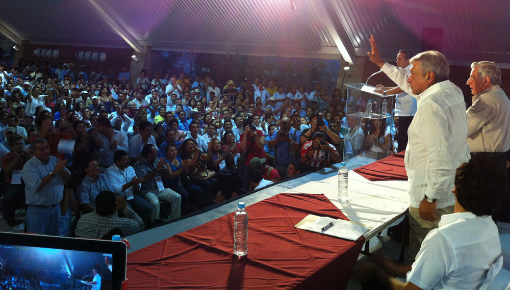 11 nov 2012 Congreso AMLO Tabasco